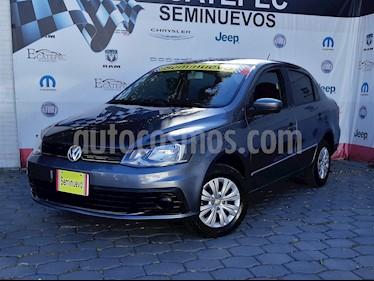 Foto venta Auto usado Volkswagen Gol Sedan Trendline Ac Seguridad (2017) color Gris Vulcano precio $159,000