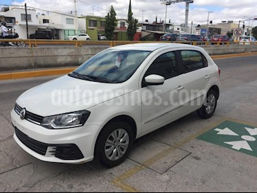 Foto venta Auto Seminuevo Volkswagen Gol Sedan Trendline (2017) color Blanco precio $143,000