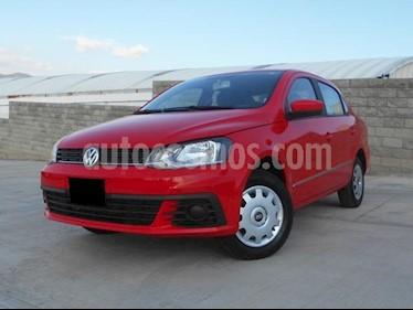 Foto venta Auto Seminuevo Volkswagen Gol Sedan Trendline (2018) color Rojo Flash