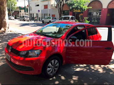 Volkswagen Gol Trend 3P Pack I usado (2013) color Rojo Flash precio $225.000