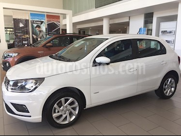 Volkswagen Gol Trend 5P Comfortline Aut nuevo color Blanco Cristal precio $1.209.576