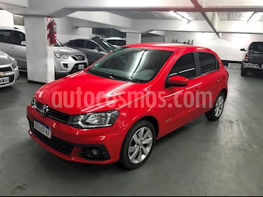 Foto venta Auto usado Volkswagen Gol Trend 5P Highline (2017) color Rojo Flash precio $440.000