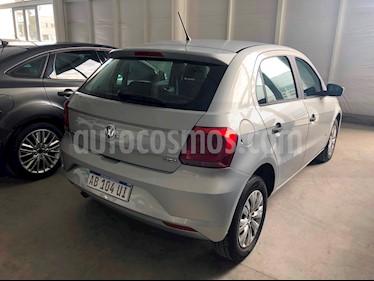 Foto venta Auto usado Volkswagen Gol Trend 5P Pack I Plus (2017) color Plata precio $440.000