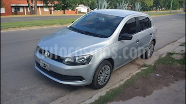 Foto Volkswagen Gol Trend 5P Pack I usado (2013) color Plata Ligth precio $230.000