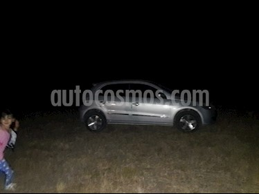 Volkswagen Gol Trend 5P Pack I usado (2011) color Gris Urano precio $220.000