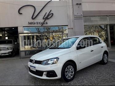 Volkswagen Gol Trend 5P Trendline usado (2017) color Blanco precio $620.000