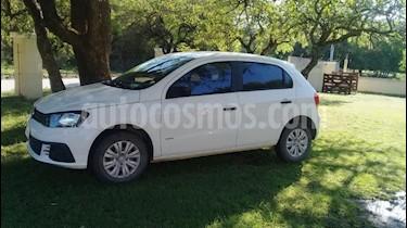 Volkswagen Gol Trend 5P Trendline usado (2018) color Blanco precio $350.000