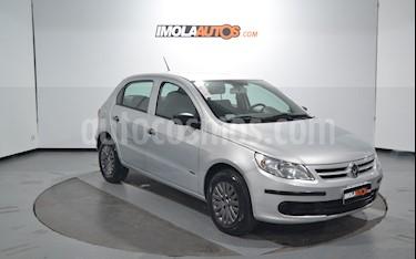 Volkswagen Gol Trend 5P Pack I usado (2010) color Plata Ligth precio $275.000