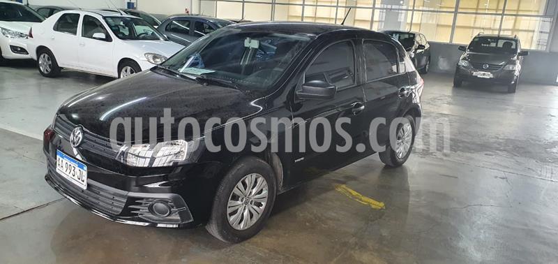 Volkswagen Gol Trend 5P Trendline usado (2017) color Negro precio $820.000