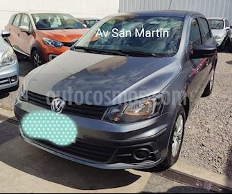 Volkswagen Gol Trend 5P Trendline usado (2017) color Gris Platino precio $529.900