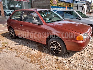 foto Volkswagen Gol 3P 1.0 usado (2001) color Rojo precio $140.000