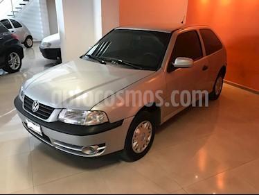 Foto venta Auto Usado Volkswagen Gol 3P 1.6 Comfortline (2005) color Gris Claro precio $115.000