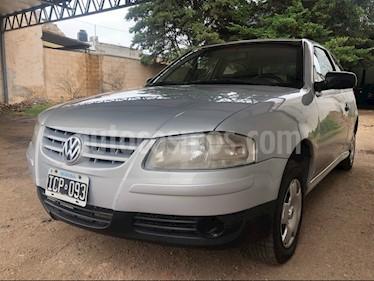 Foto Volkswagen Gol 3P 1.6 GL Ac usado (2009) color Gris Claro precio $200.000