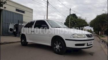 foto Volkswagen Gol 3P 1.6 Power Dh usado (2005) color Blanco precio $129.000