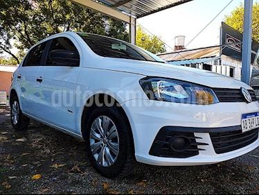 Volkswagen Gol 5P 1.6 Mi GL usado (2017) color Blanco precio $590.000