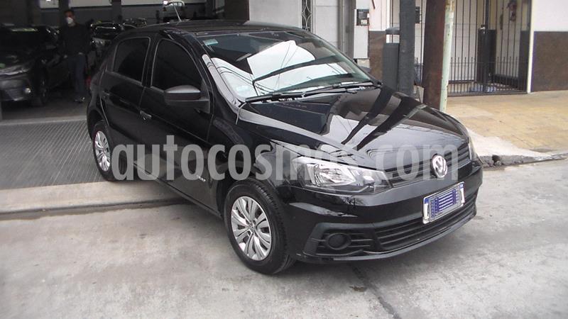 Volkswagen Gol 5P 1.6 Trendline usado (2017) color Negro precio $699.900