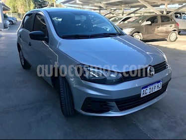 Volkswagen Gol 5P 1.6 GL Mi Full usado (2018) color Gris Claro precio $650.000