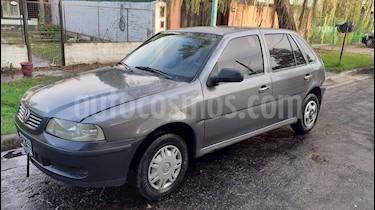 Volkswagen Gol 5P 1.6 Power usado (2005) color Gris precio $180.000