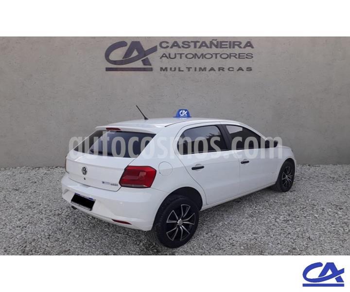 Volkswagen Gol 5P 1.6 GL Mi Full usado (2017) color Blanco precio $726.000