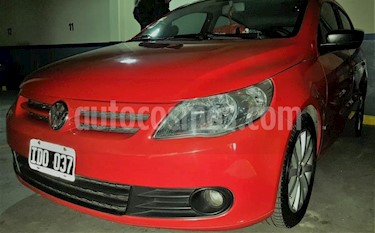 Volkswagen Gol 5P 1.6 Format usado (2002) color Rojo precio $120.000