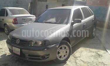 Foto venta carro usado Volkswagen Gol Comfortline 1.8L (2004) color Gris precio u$s1.300