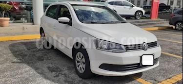 Foto Volkswagen Gol 4P CL TM5 R-14 usado (2016) color Blanco precio $137,000