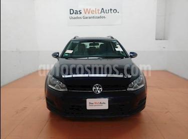 Foto venta Auto Seminuevo Volkswagen Golf Sportwagen Diesel DSG (2016) color Azul Tormenta precio $255,000