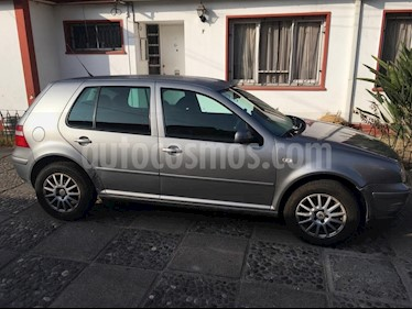 Volkswagen Golf 2.0 High ABS 5P usado (2006) color Gris precio $3.500.000