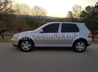 Foto Volkswagen Golf 5P 1.6 Format usado (2001) color Gris precio $265.000