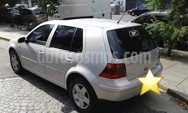 Volkswagen Golf 5P 2.0 Highline usado (2003) color Gris Urbano precio $237.000