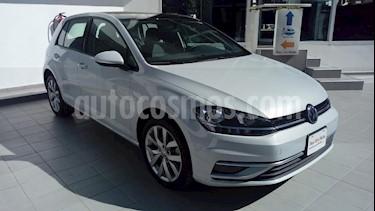Foto venta Auto Seminuevo Volkswagen Golf Comfortline DSG (2018) color Blanco precio $340,000