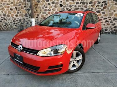 Foto venta Auto Seminuevo Volkswagen Golf Comfortline DSG (2016) color Rojo precio $305,000