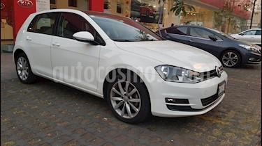 Foto venta Auto Seminuevo Volkswagen Golf Comfortline (2015) color Blanco precio $215,000