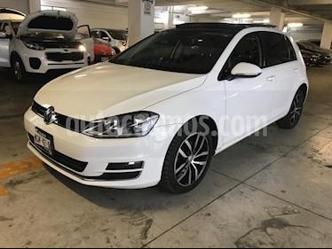 Foto venta Auto Seminuevo Volkswagen Golf Highline DSG (2015) color Blanco precio $240,000