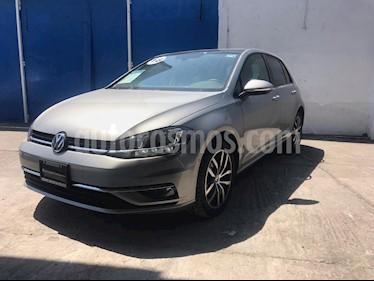 Foto venta Auto usado Volkswagen Golf Highline DSG (2018) color Plata Tungsteno precio $395,000