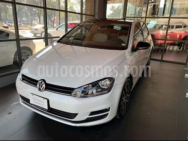 Volkswagen Golf Trendline usado (2017) color Blanco precio $230,000