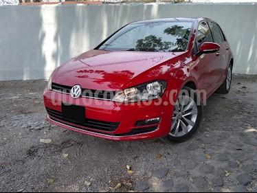 Volkswagen Golf Highline DSG usado (2015) color Rojo precio $220,000