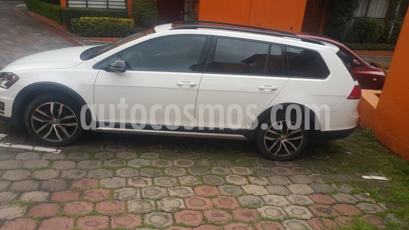 Volkswagen Golf 1.4 T usado (2017) color Blanco Candy precio $265,000