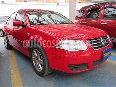 Foto Volkswagen Jetta Clasico 2.0L Trendline usado (2013) color Rojo precio $33.900.000