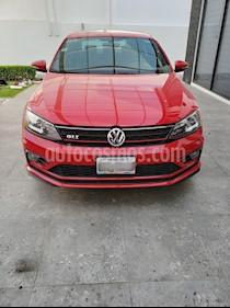 Volkswagen Jetta GLI 1.8T usado (2017) color Rojo precio $350,000