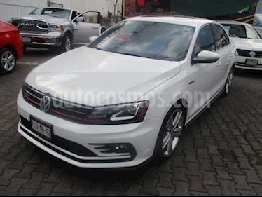 Volkswagen Jetta GLI 2.0T DSG usado (2016) color Blanco precio $320,000