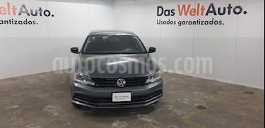 Foto venta Auto usado Volkswagen Jetta 2 (2017) color Gris precio $204,000