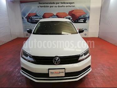 Volkswagen Jetta 2.0 Tiptronic usado (2017) color Blanco precio $223,000
