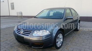 Foto venta Auto Seminuevo Volkswagen Jetta 2.0 Tiptronic (2012) color Gris Platino precio $117,000