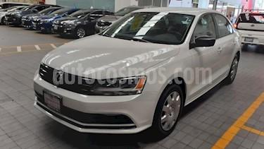 Volkswagen Jetta 2.0 Tiptronic usado (2018) color Amarillo precio $210,000