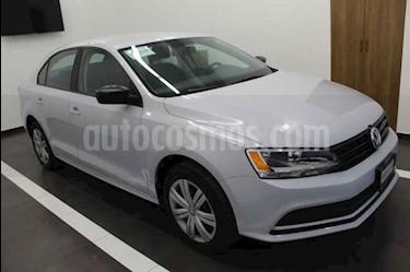 Volkswagen Jetta 2.0 usado (2018) color Blanco precio $245,000