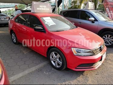 Foto venta Auto Seminuevo Volkswagen Jetta 2.0 (2016) color Rojo Tornado precio $190,000