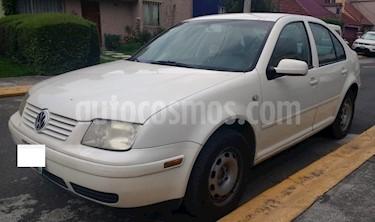 Volkswagen Jetta 2.0 usado (2002) color Blanco precio $63,000
