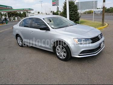 Volkswagen Jetta 2.0 usado (2016) color Plata precio $175,000