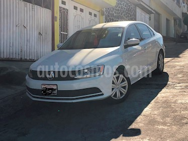 Foto Volkswagen Jetta 2.0 usado (2015) color Blanco precio $165,000
